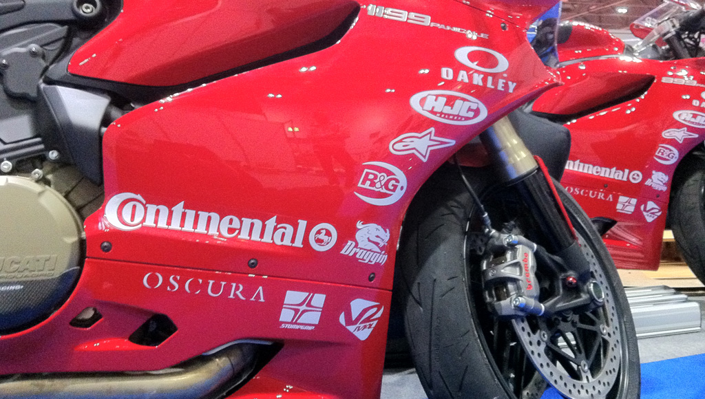 California Superbike School - Sponsored by Oscura